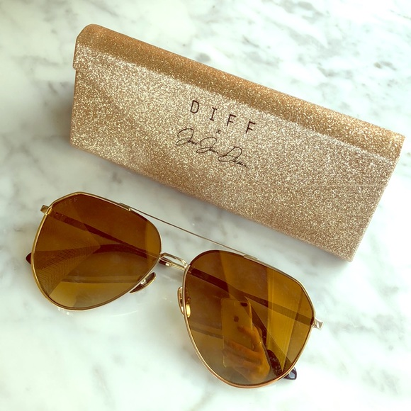 0c1e45959735e Diff Eyewear Accessories - DIFF Jessie James Decker Sunglasses